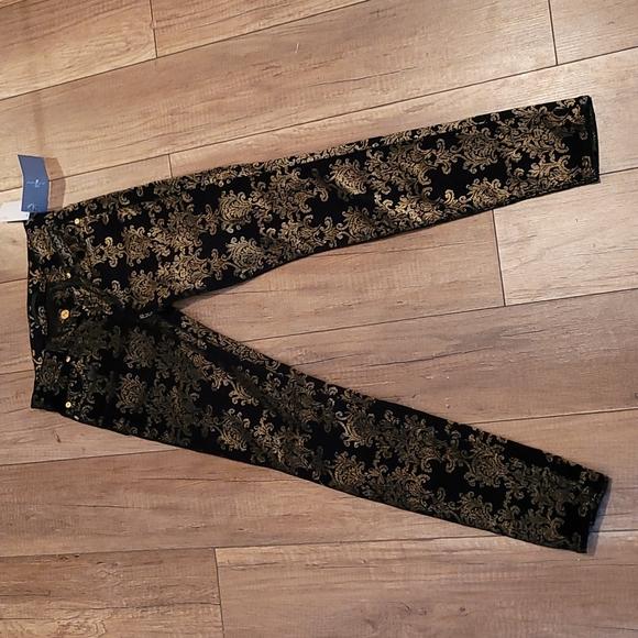 NWT 7 for all Mankind Velvet Jeans